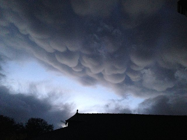 Mammatus Clouds over Bingley (Photo: M. Hartshome)