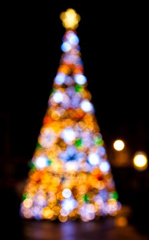 Saddleworth and Lees Christmas Lights Switch-Ons 2017